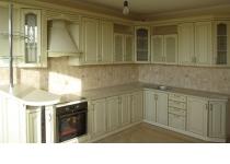 Кухня 6 нашего производства, фасады крашенные патинированные