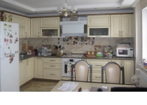Кухня 8 нашего производства, фасады крашенные патинированные