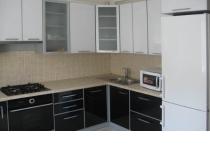 Кухня на заказ 8 нашего производства с пленочными фасадами