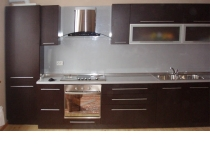 Кухня на заказ 9 нашего производства с пленочными фасадами