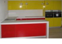 Кухня на заказ 5 нашего производства с крашенными фасадами