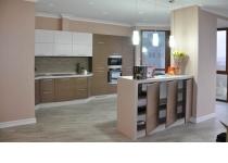 Кухня на заказ 15 нашего производства с комбинированными фасадам