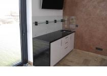 Кухня на заказ 23 нашего производства с крашенными фасадами