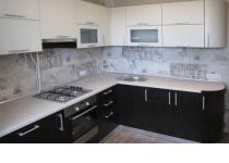 Кухня на заказ 20 нашего производства с пленочными фасадами