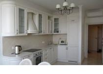 Кухня на заказ 20 нашего производства с крашенными фасадами